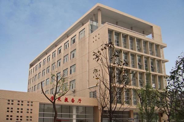 廣州黃埔職業技術學校廣播系統方案,IP網絡校園廣播系統設備,上下課打鈴系統設計