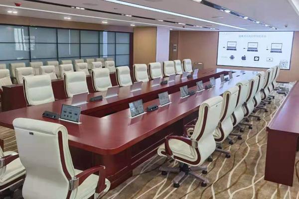 無紙化會議室系統方案,智能交互式升降器設備